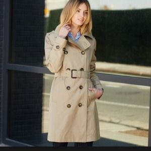 ⭐️HP⭐️ZARA Limited Edition Original Trench Coat!