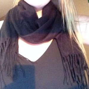 craft and barrow Accessories - Black scarf