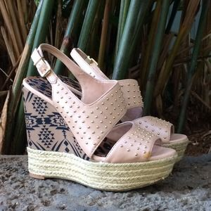 JESSICA SIMPSON Pink Studded Wedges