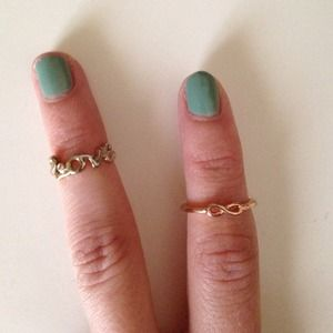 Set of 2 Knuckle Rings
