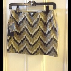 Zara chevron sequined printed short skirt