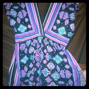 Dresses & Skirts - Colorful shirt/ short dress slightly used