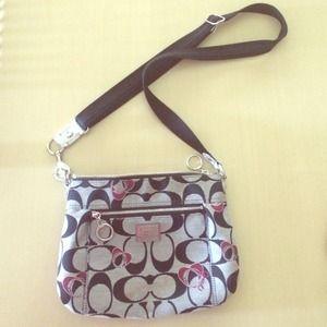 Coach poppy crossbody bag