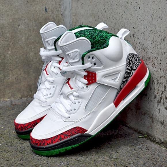 Air Jordan Shoes - Air Jordan Spizike OG color way. Size 9.5 0a3ecc417