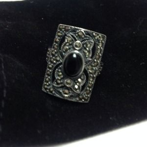Jewelry - Beautiful black onyx ring