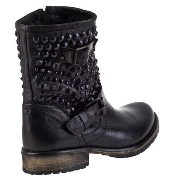 53% off Steve Madden Boots - Steve Madden Marcoo bootie black ...