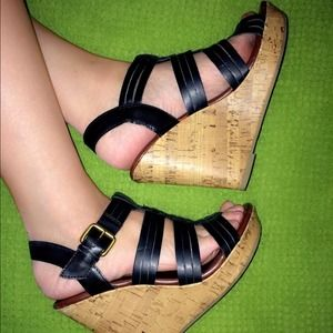  S O L D  Mossimo Chunky Sandals