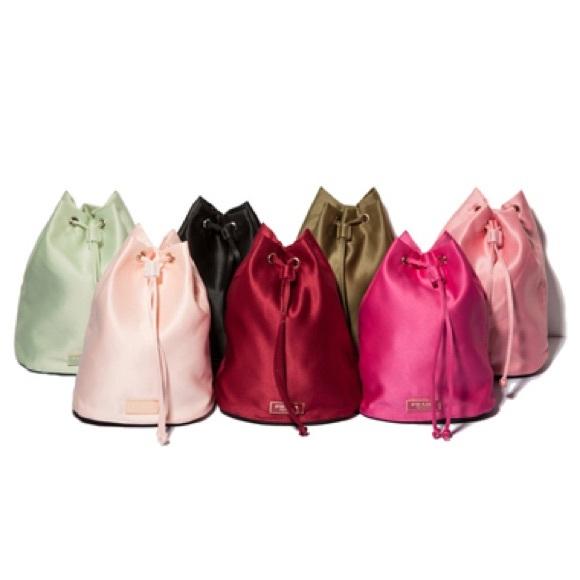 cb0fbc3258f8e8 PRADA perfume bag. M_57c63ebf78b31c8bce015fca