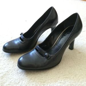 *REDUCED* Franco Sarto Leather MaryJane Pumps