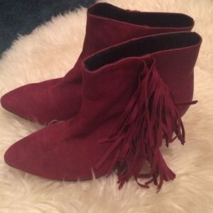 quipid Shoes - Fringe Wedge Booties