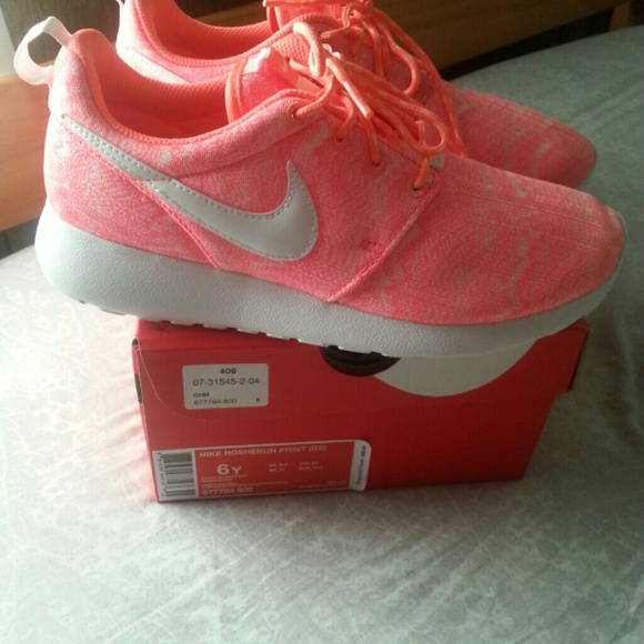 6b13a41be9ba3d Coral Pink Roshe Women Shoes