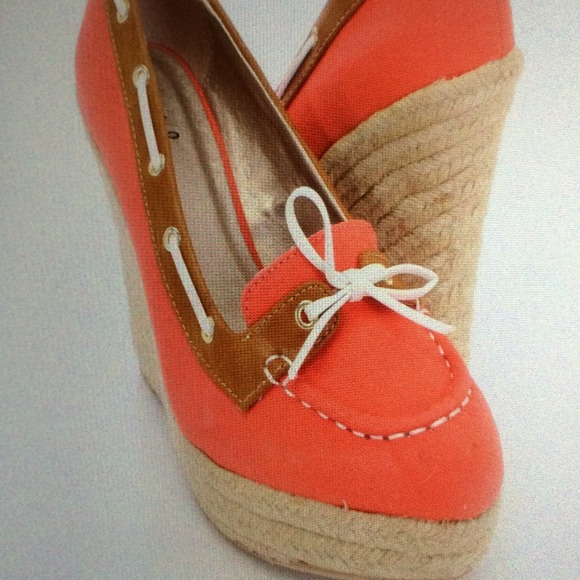 44 qupid shoes coral nautical wedges from s