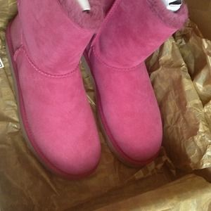 853cf50ecb9 ❌❌SOLD ON EBAY❌❌UGG Bailey Bow🎀 boots🎀 brand new NWT