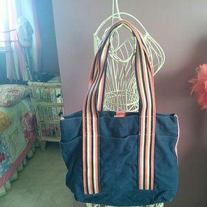 Handbags - ⭐️SALE⭐️Small blue tote