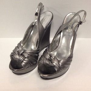 Cathy Jean silver size 8 wedges.