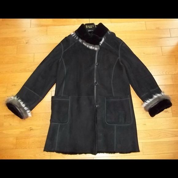 70% off Fulginiti Outerwear - Black 100% Shearling Barn Coat from