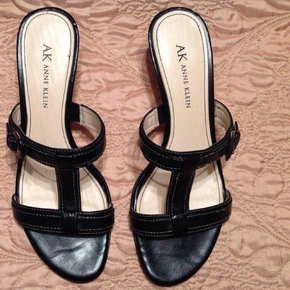 79 Off Anne Klein Shoes 🎀saks🎀anne Klein🎀 Black Leather