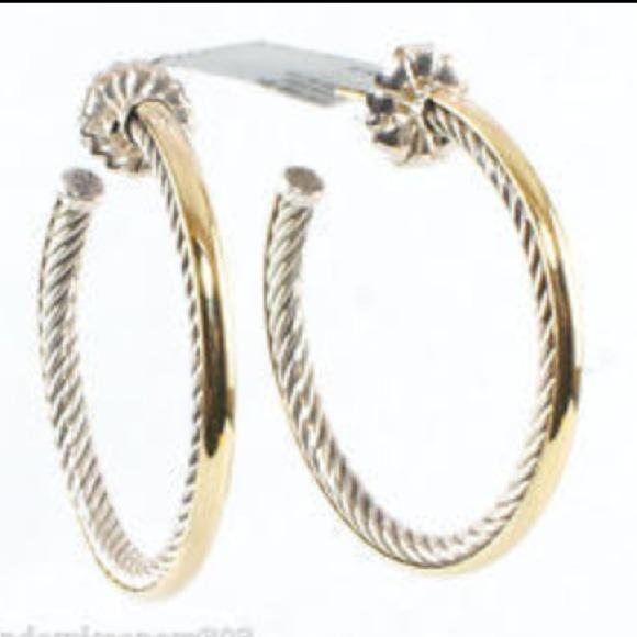 d6415bbfdb81 David Yurman Medium Hoop Earrings.