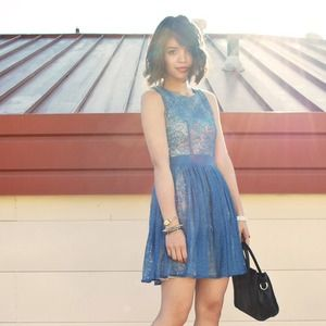 Dresses & Skirts - Teal lace cut-out dress