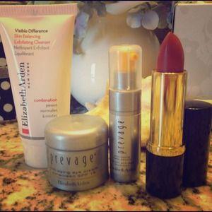 Elizabeth Arden new Skin care set & lipstick