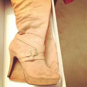 shoedazzle Shoes - Heeled boots