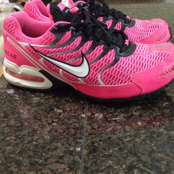 Cute hot pink and black nike torch 4