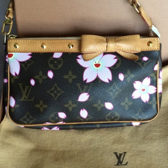 02129008d960 Louis Vuitton murakami cherry blossoms pochette