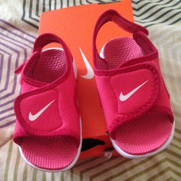 Nike Shoes   Fuchsia Pink Toddler Nike