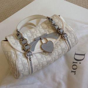 💕🎉Host Pick🎉💕 DIOR Handbag - AUTH, gently used