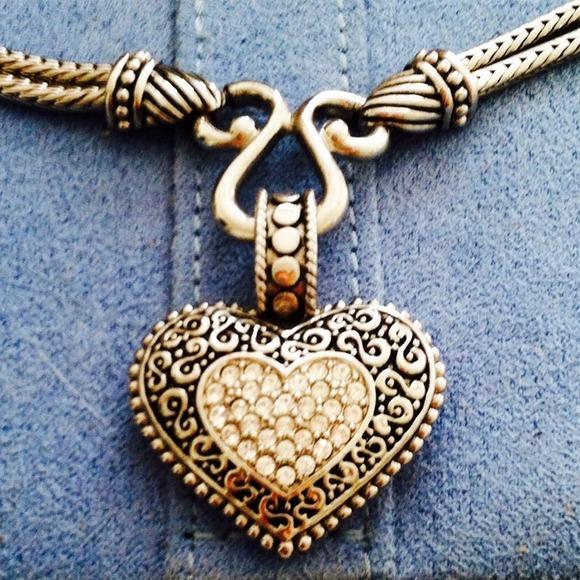 Lia sophia jewelry heart pendant necklace poshmark lia sophia heart pendant necklace aloadofball Choice Image