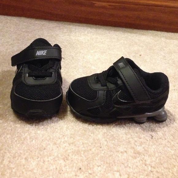 3c black infant nike shox