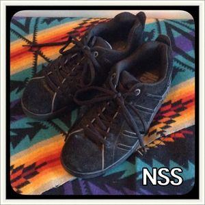 NSS BLACK FAUX SUEDE SHOES 8.5 NWOT
