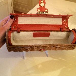 198286c5985a6 Michael Kors Bags - 🎉2X HP🎉Michael Kors Santorini Clutch