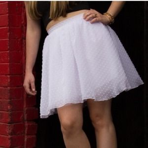 Full tulle/polka dot skirt