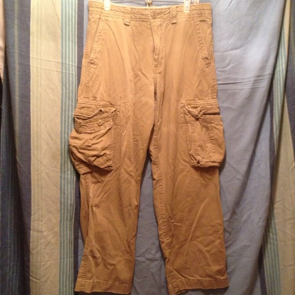 27482847be American Eagle Outfitters Other - American Eagle mens khaki cargo pants  33/32