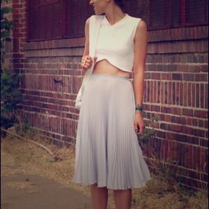 White Crop Top by MNG