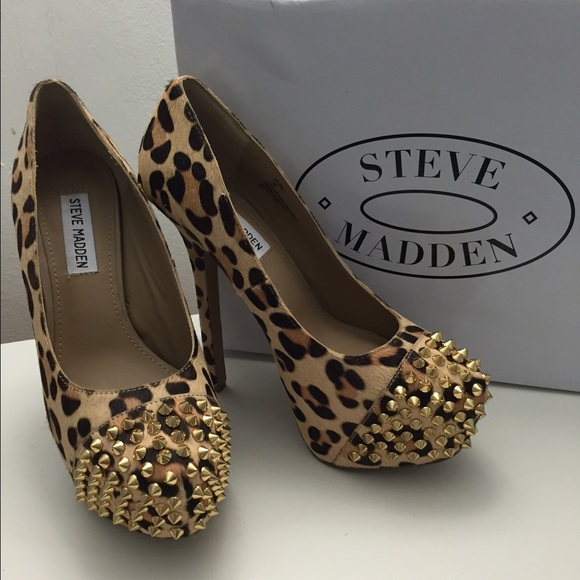 a7f5c84a9caa STEVE MADDEN bolddd leopard gold spikes pumps. M 5556cab44e95a34f56007618