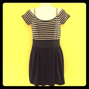 Dresses & Skirts - Black and White Stripe Dress or Long Top