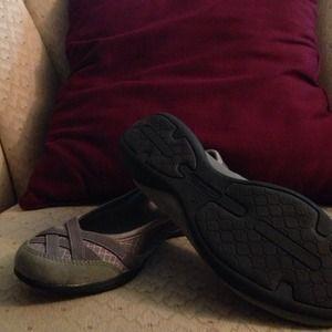 c8494ba720d9a Champion Shoes - Cute gray champion flats - worn several times