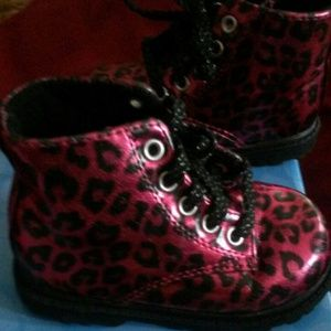 Natural Steps  Shoes - Boots