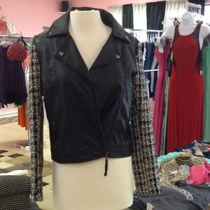 Nwt Romeo Juliet Couture Jacket