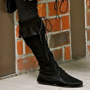Minnetonka Front Laced Knee Hi Boot