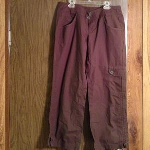 DKNY active size 10 chocolate chopped capris
