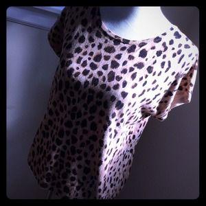 n/a Sweaters - Cotton leopard print short sleeve sweater⭐⭐️SOLD️