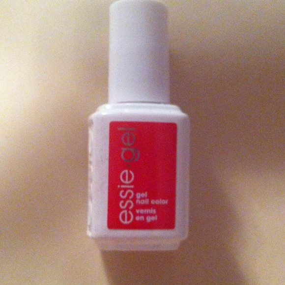 Essie Other | Gel Nail Color Nail Polish In Chili Pepper | Poshmark
