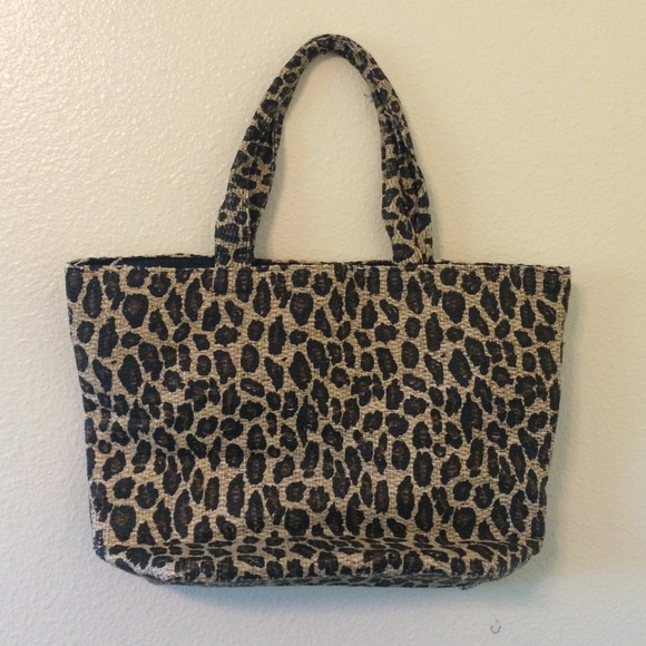60% off H&M Handbags - Leopard beach bag tote from Laura's closet ...