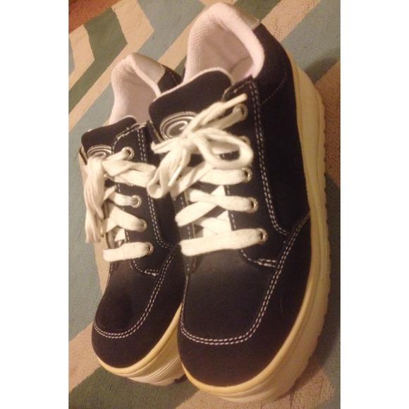 4a9e47181c24 Candie s Shoes - Platform Candies Shoes- 90 s Vintage