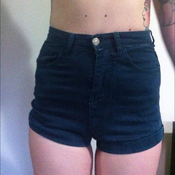Brandy Melville - High waisted navy blue brandy Melville shorts ...