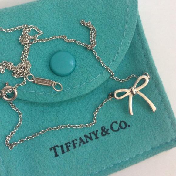 Tiffany Co Tiffany Bow Necklace Fendi Credit Card Holder