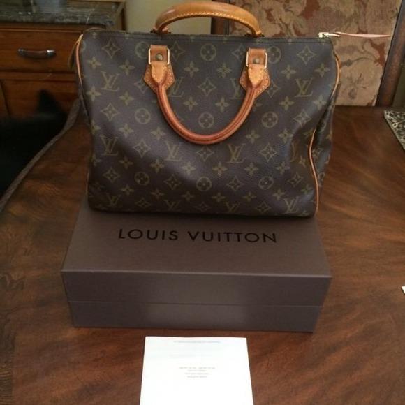 Louis Vuitton Handbags - Louis Vuitton Speedy 30 with repair receipt 34941665735b9